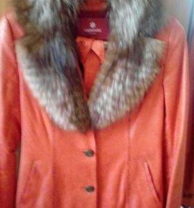 Продам курточку.