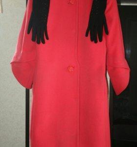 Красивое пальто+длинные перчатки
