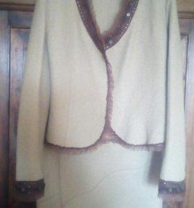 Женский костюм(жакет+юбка)