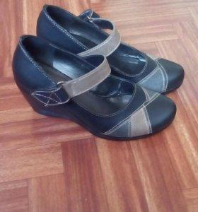 Туфли женские, размер 36.