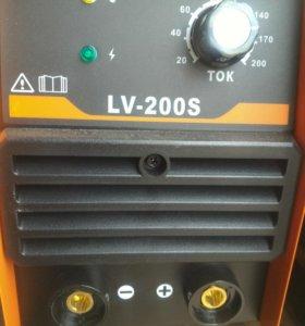 Инвертор сварочный 200А