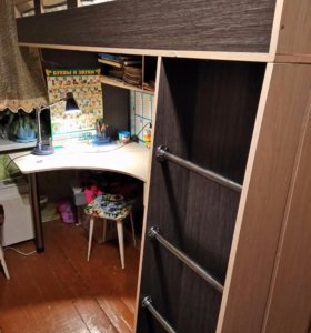 Кровать+стол+шкаф