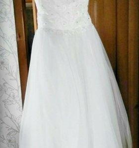 Свадебное платье,возможно на прокат.