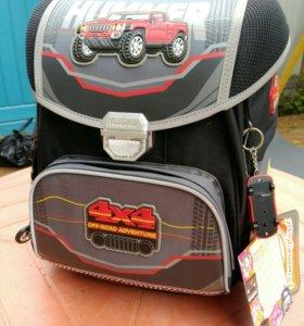 Школьный рюкзак Hummingbird