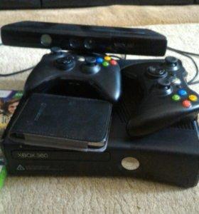Xbox 360 slim+Kinect. Два джостика и жёсткий диск