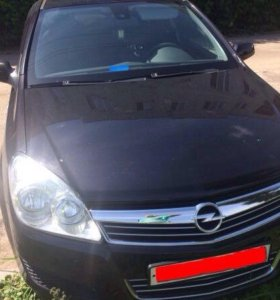 Opel Astra H 1.8 AT 2008 год седан.