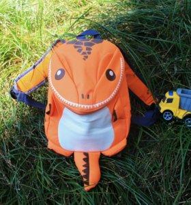 Детский оранжевый рюкзак