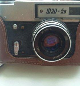 Продам фотоапарат фэд 5 .р.  .