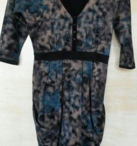 Теплое платье 44р.