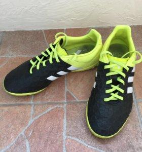 Бутсы Adidas 36-38 размер