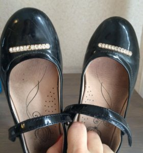 Туфли на девочку kapica