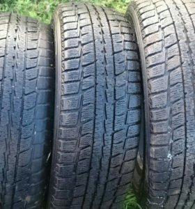 Dunlop Studless 15R