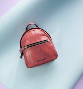 Мини-рюкзак Calvin Klein