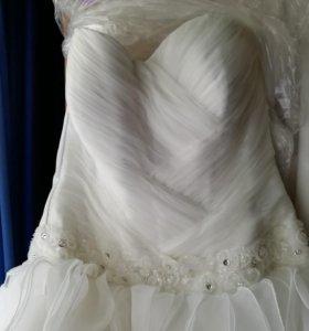 Свадебное платье (по вашей цене)