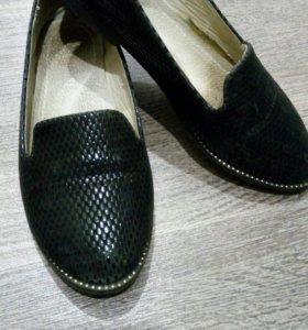 Туфельки (мокасины )