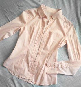 Приталенная персиковая рубашка