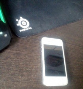 Телефон на запчасти Iphone 4s