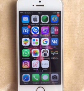 Продам iPhone 5 s gold