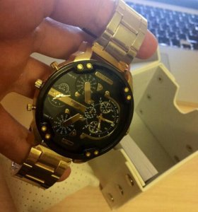 Часы Дизель в подарочной коробке