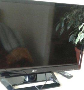 Телевизор LG 32 LS 562 T