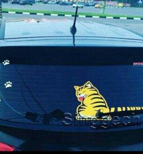 Наклейка на заднее стекло авто Кот