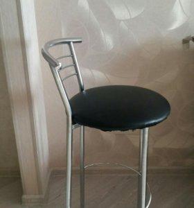 Барные стулья (3 шт)