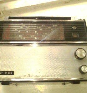 Приемник VEF и магнитола 2 кассетная