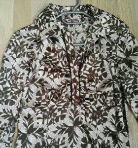 Продам блузку б/у 42 размер