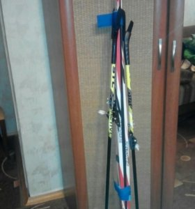 Детские лыжи с палками