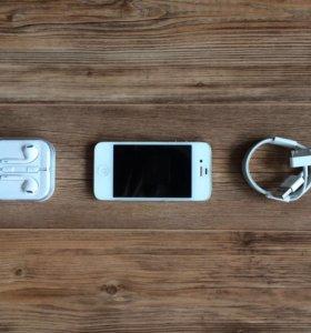 iPhone 4S 16GB отличное состояние