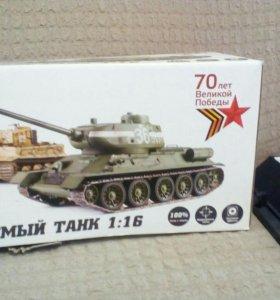 Продам танк играли пару раз состояние нового