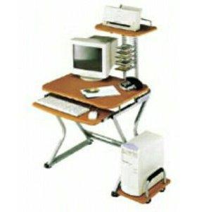 Компьютерный стол фирмы Бюрократ