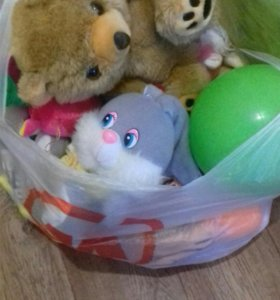 Пакеты с детскими игрушками