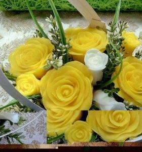 Корзинка с розами из мыла