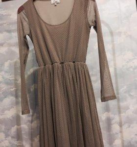 Легкое летнее выходное платье