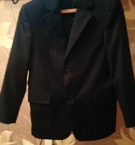 Пиджак школьный 134р.