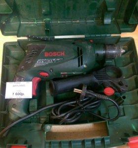 Дрель Bosch 650w.