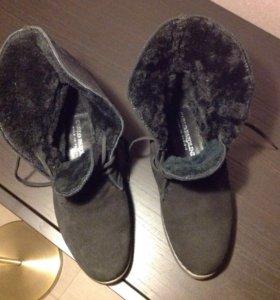 Замшевые ботинки Carlo Pazolini