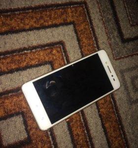 Телефон Леонов s90