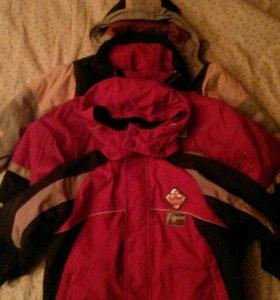 2 осенне-весенние куртки на мальчика (110 рост)