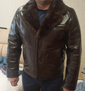 Куртка кожаная зимняя р.52-54. Торг