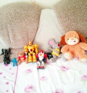 Роботы мяхкие игрушки мошинки