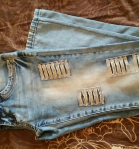 Продам джинсы с пайетками