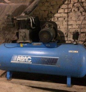 Продам компрессор ABAC 1000л.