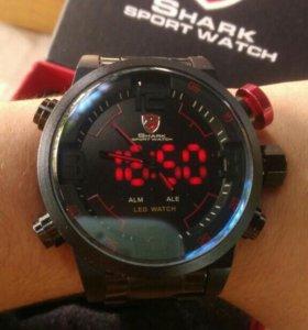 Часы мужские Shark Sport Watch