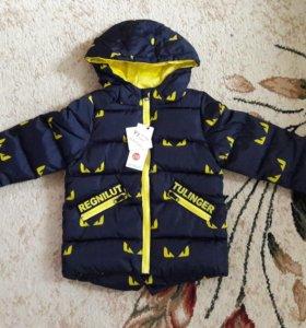 Куртка новая 104-110