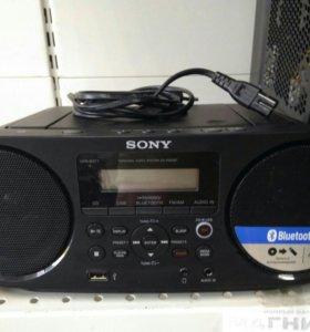 Бумбокс Sony ZS-RS60BT