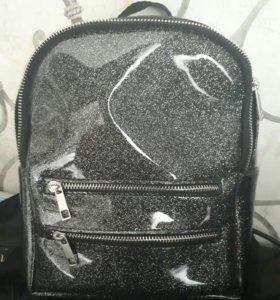 Сумка- рюкзак.