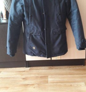 Зимняя мужская куртка размер 48-50