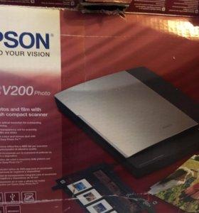 Продам профессиональный сканер Epson V200